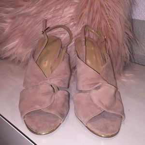 Banana Republic sling back heel size 7